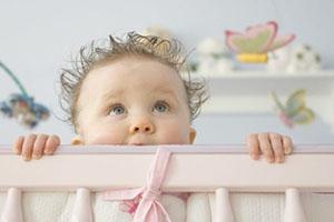Как правильно выбрать кроватку в детскую